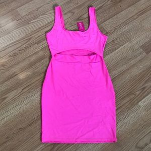 NEON PINK DRESS 💓 NEW WITH TAGS